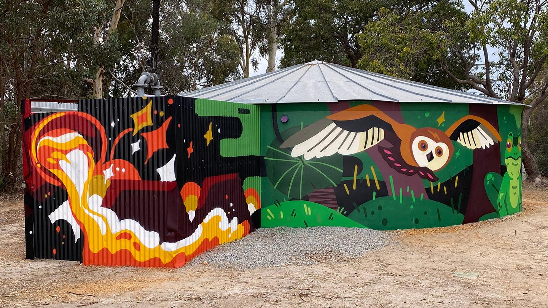 Wundowie Watertank - Community mural project